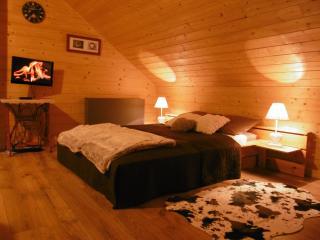 Gite au Coeur du Chalet Belledonne près de Crolles - Sainte-Agnes vacation rentals