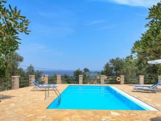 Charming 2 bedroom Villa in Gaios - Gaios vacation rentals