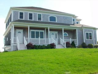 Beautiful 4 bedroom West Yarmouth House with Deck - West Yarmouth vacation rentals