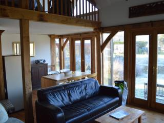 Lovely Barn with Corporate Bookings Allowed and Towels Provided - Ilminster vacation rentals