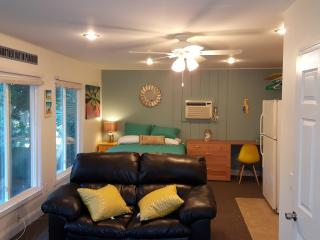 NEW Siesta Beach-style Efficiency Apartment - Siesta Key vacation rentals