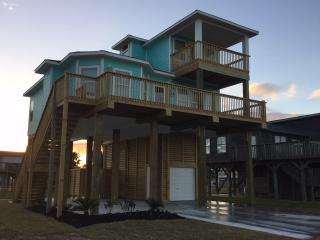 Upscale 3BR, 2BTH, Bay and Beach Views! - Galveston vacation rentals