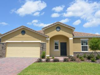 5 STAR - 5 Bedroom pool home in Kissimmee/Orlando - Orlando vacation rentals