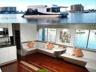 Destin Harbor Houseboat - Destin vacation rentals