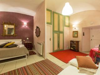 OrsiniPalace Moonsuite - Rome vacation rentals