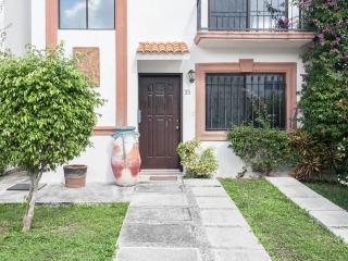 HUIS TE HUUR IN CANCUN MEXICO 9 PAX - Cancun vacation rentals