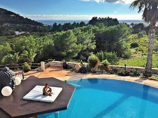 Stunning 8 bedroom Mansion only 3km from Ibiza! - Nuestra Senora de Jesus vacation rentals