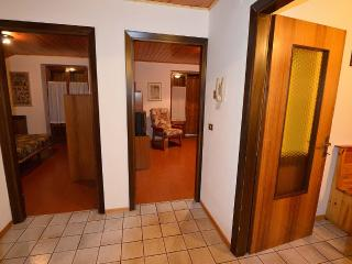 Nice Condo with Long Term Rentals Allowed (over 1 Month) and Satellite Or Cable TV - Pinzolo vacation rentals