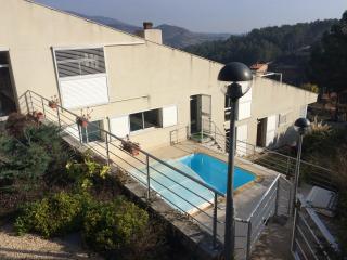 Belle maison entre mer et Priorat - Riudecanyes vacation rentals