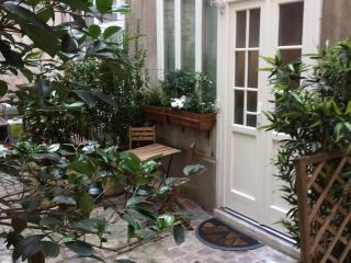 Romantic studio in Montmartre / Paris - Paris vacation rentals
