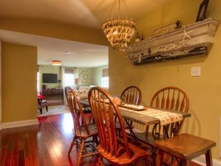 916 Queen 129916 - Cape May vacation rentals