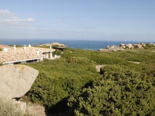 Villa Chiara a 50 metri dalla spiaggia Rosa - Aglientu vacation rentals
