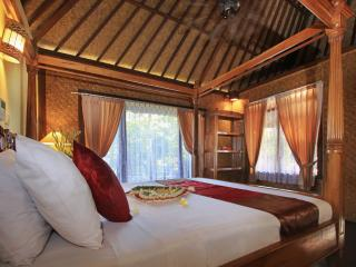 Homey Deluxe Room Ubud View Bungalow - Ubud vacation rentals