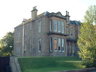 Gladstone - Stirling vacation rentals