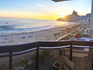 Ipanema Sol Excellence - Rio de Janeiro vacation rentals
