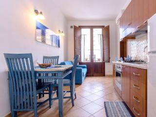 Renda - Aparment (3 Adults) - Trapani vacation rentals
