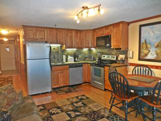 Beautiful 2BR/2BA Remodeled Condo Next to Village Lake Views! - Snowshoe vacation rentals