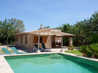 Villa with private pool near the golf course - Pollenca vacation rentals