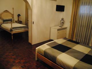 GUEST HOUSE ESPLANADA  Quadruplo C/W.C Partilhado - Castelo Branco vacation rentals