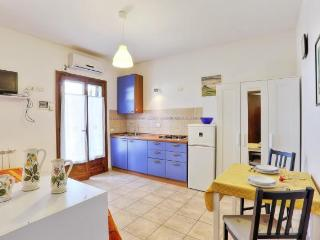 Appartamenti Le Querce App. Melograno - Capoliveri vacation rentals