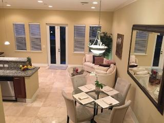 2 bedroom Townhouse with Internet Access in Pompano Beach - Pompano Beach vacation rentals