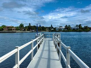 Siesta Villa Palma, Private Siesta Key Mid-Century-Modern Villa - Siesta Key vacation rentals