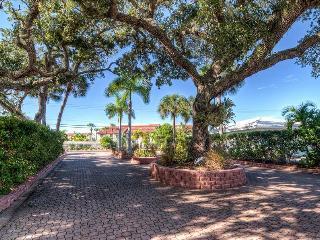 Siesta Villa Palma - Siesta Key vacation rentals