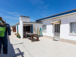 Surf Peniche Island Land - Peniche vacation rentals