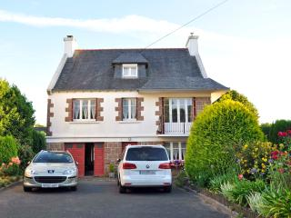 4 bedroom House with Deck in Plestin les Grèves - Plestin les Grèves vacation rentals