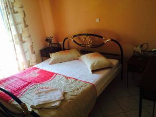 Romantic 1 bedroom Apartment in Laganas - Laganas vacation rentals