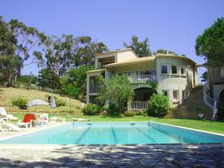 Appartement F3 pour 4/5 personnes, piscine, jardin - Porticcio vacation rentals
