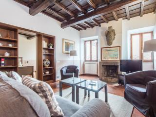Piazza Navona Large Panoramic Apartment - Rome vacation rentals