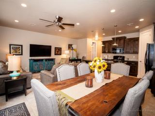 30% OFF NOV & DEC! New St. George Condo by Zion - Zion National Park vacation rentals