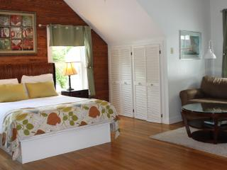 Treetop Studio w/ Jacuzzi in Old Town, steps off Duval St. - Key West vacation rentals