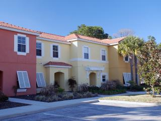 "3 Bed Townhome with pool in ""Encantada"" - Kissimme - Orlando vacation rentals"