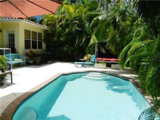 Blissful Miami 4 Bedroom Home with Private Pool! - Surfside vacation rentals