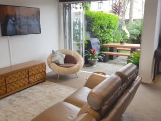 Takapuna Beachside Pied a Terre - Takapuna vacation rentals
