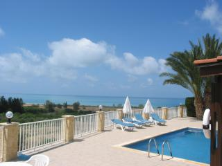 Hospitality, view to the ocean, serenity, bungalow - Peyia vacation rentals
