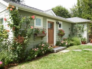 Honey Bee Guest House: Walk to Downtown - Fairfax vacation rentals