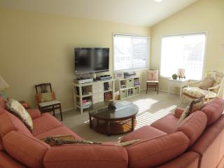 Clean, well appointed, sixth from the ocean! - Beach Haven vacation rentals