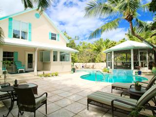 Clearwater House-$1,000 off 7-nights in April/May - Seven Mile Beach vacation rentals