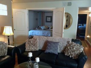 Fabulous 2  Bedroom 2 Bath Condo Close to Strip - Las Vegas vacation rentals