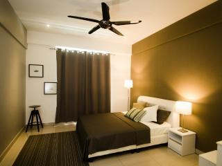Penang Melody Homestay @ Summerton Condominium - Bayan Lepas vacation rentals