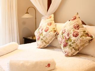 Mibern Apartment - Close to the Beach - Hout Bay vacation rentals