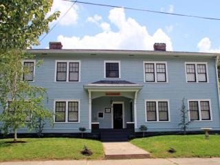 Victorian Area Event Home 12BDs 4BA Great Location - Louisville vacation rentals