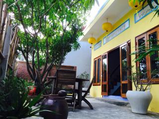 Lovely 2 bedroom Cottage in Hoi An - Hoi An vacation rentals