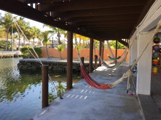 2/1, Oceanside w/ Dock, Key Largo. - Key Largo vacation rentals