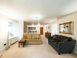 Edinburgh holiday apartment in Leith - Edinburgh vacation rentals