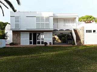 Adorable 6 bedroom Calafat Villa with Television - Calafat vacation rentals