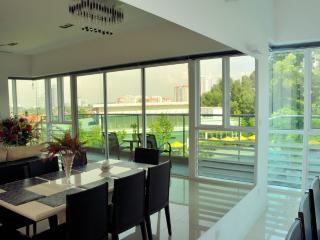 Pool View Villa - Petaling Jaya vacation rentals